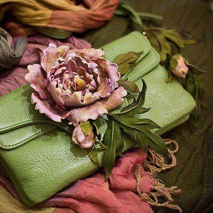 Как сделать цветы из кожи фото