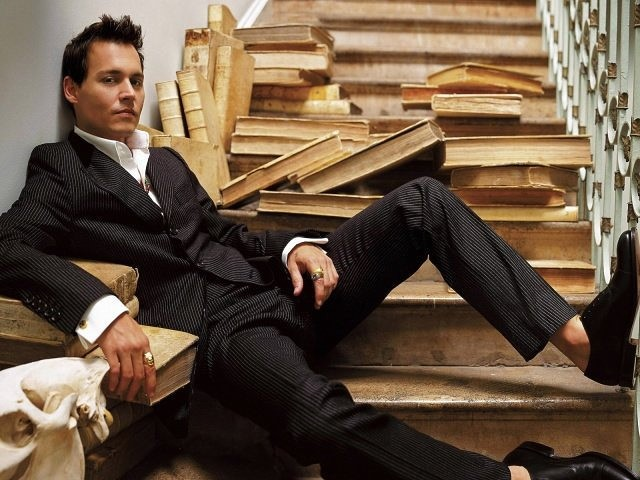 фото человека в богатой одежде