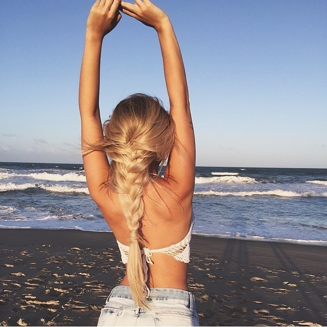 Фото девушек блондинки на пляже