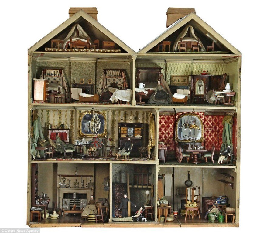 the limitations of true love in the songbirds dollhouse