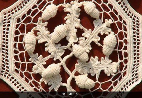 Плетение резинками на станке чехла для телефона