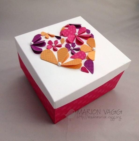 Как красиво украсить коробочки своими руками