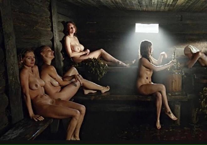 smotret-filmi-golie-video-po-russki