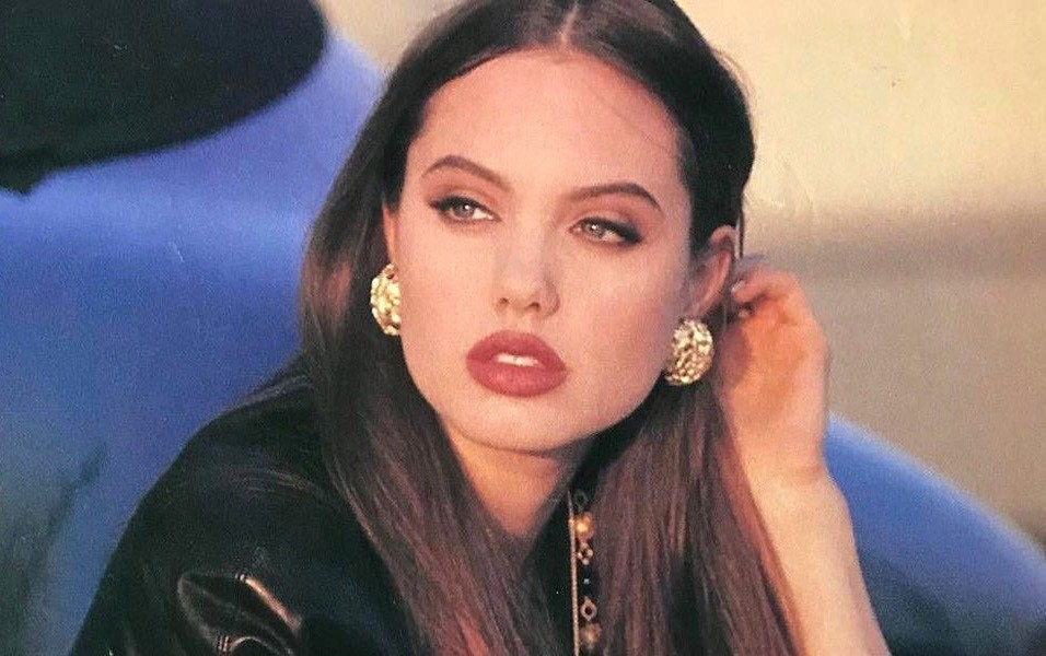 angelina jolie history Find out about angelina jolie's family tree, family history, ancestry, ancestors, genealogy, relationships and affairs right here at famechain.
