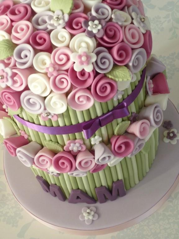 Украшение для торта из мамбы