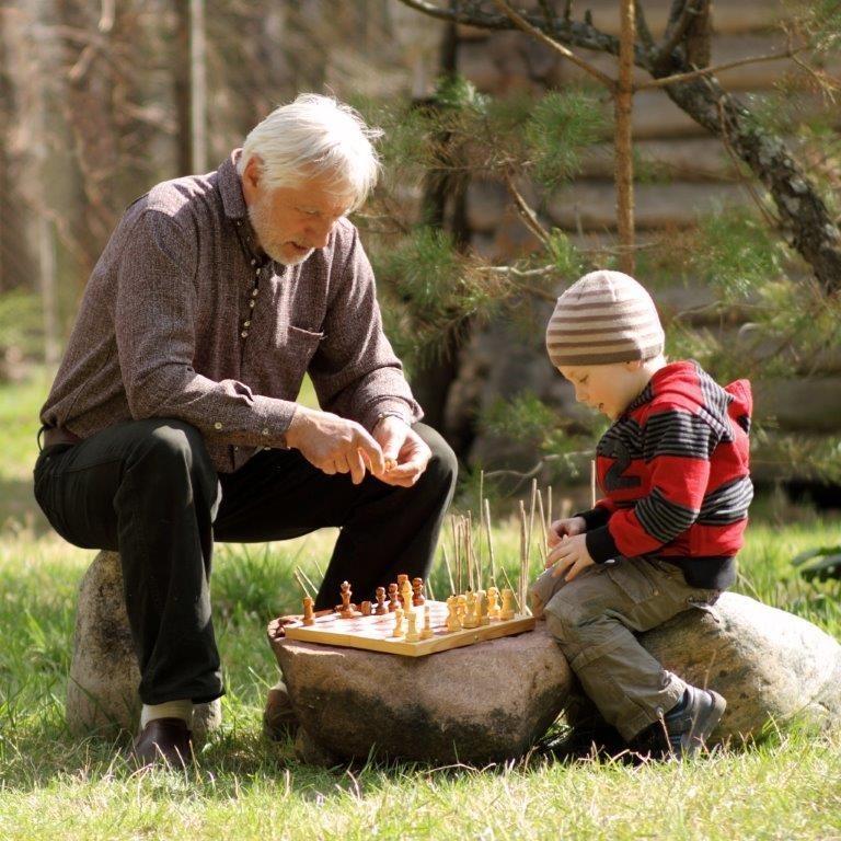бабке куни деает дед