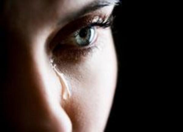 Слезы матери также могут быть символом того, что вы что-то в своей жизни делаете не так.