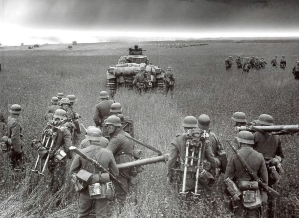 the first catastrophic defeat to befall the wermacht army The army's exact losses are still uncertain, but there was no doubt that the stalingrad campaign represented the most catastrophic defeat hitherto experienced in german history the sixth army and the fourth panzer army had effectively been destroyed.