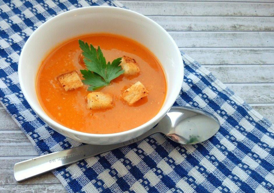 Мне не особо понравился и цвет супа получился совсем не как на фото, хотя использовала
