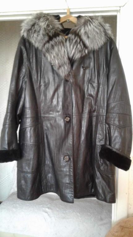 Продам куртку зимнюю верх кожа нат.внутри мутон очень теплая , капюшен чернобурка в хор.состоянии,р.54-56 цена 5т
