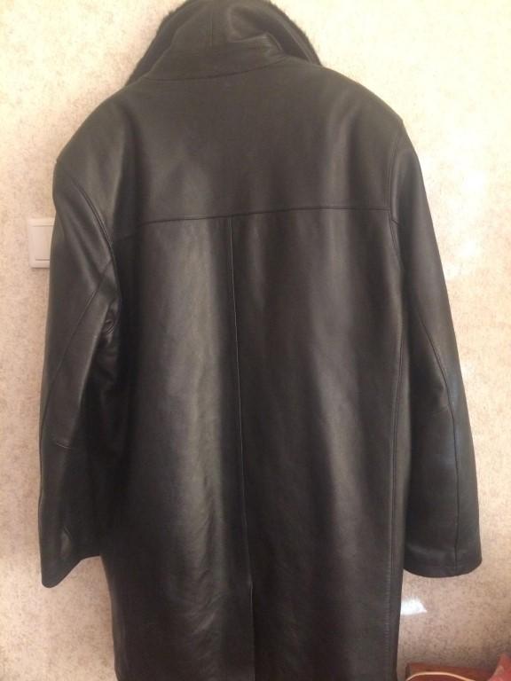 Продам мужской натуральный кожаный френч, демисезон, с подстежкой, размер 52-54,не вышарканный, не потертый, воротник норка, тоже ни в одном месте не вышарканная.
